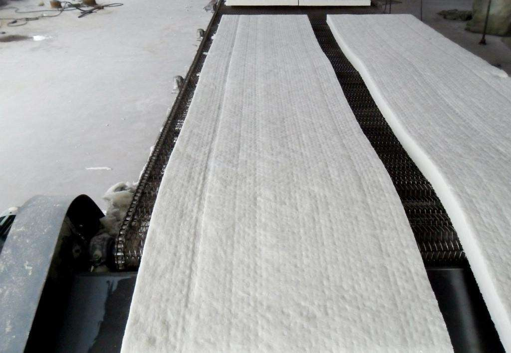 1260型标准陶瓷纤维毯现货供应热镀锌炉安装维修保温专用