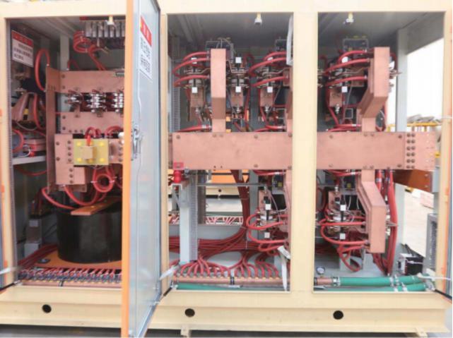 节能型中频电炉
