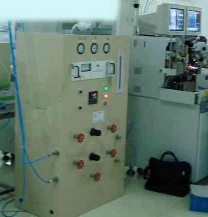 氢.氮混合配气装置